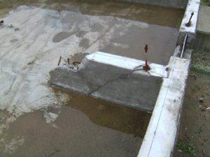 津波による基礎の破壊痕