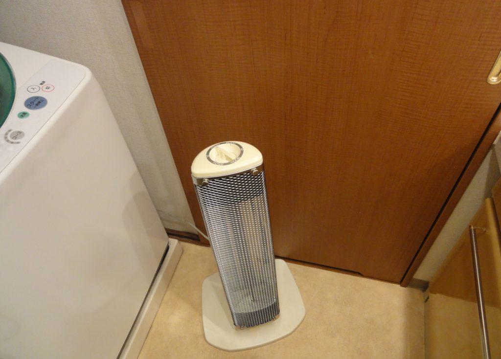 洗面所にヒーター