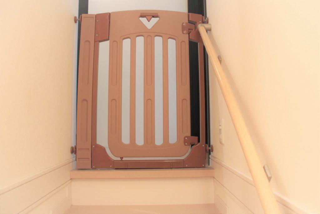 階段ゲート